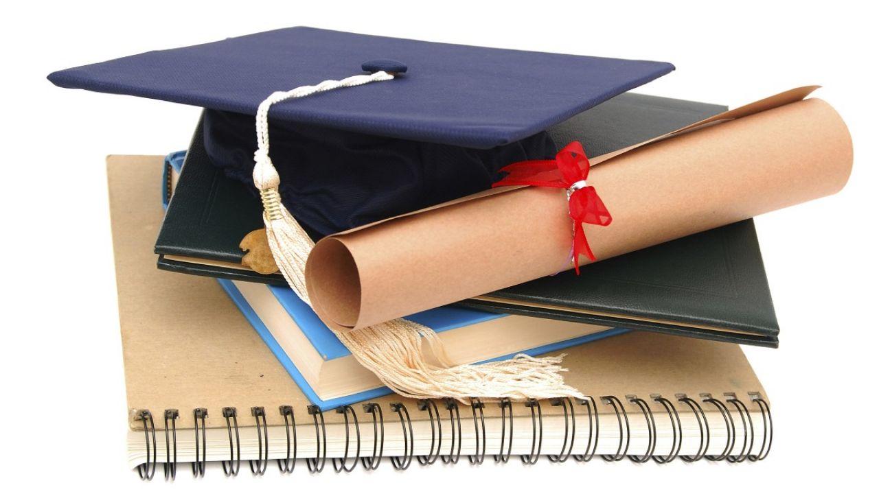 NATJEČAJ za dodjelu stipendija tijekom redovitog sveučilišnog studija